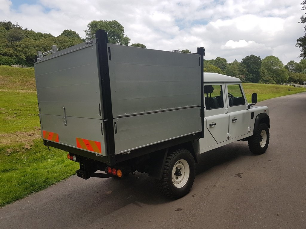 2014 LAND ROVER DEFENDER 130 DOUBLE CAB TIPPER For Sale (picture 2 of 6)