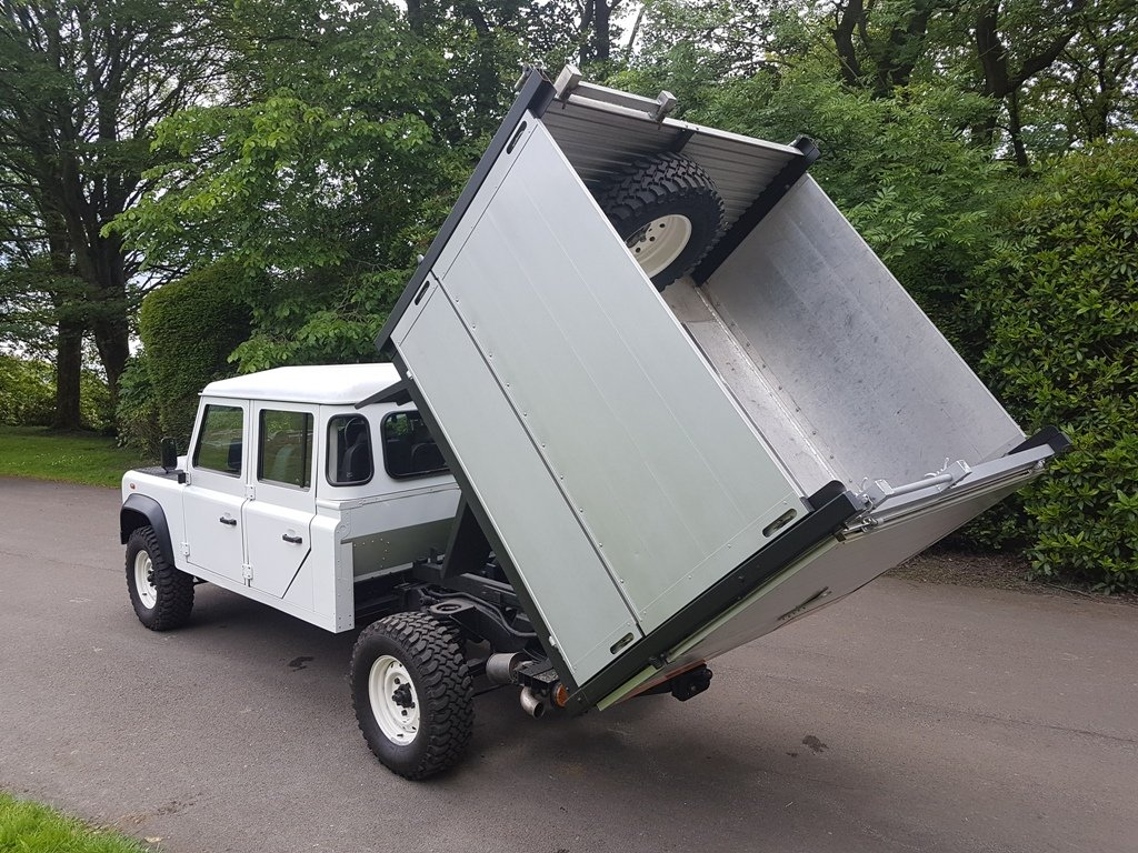 2014 LAND ROVER DEFENDER 130 DOUBLE CAB TIPPER For Sale (picture 4 of 6)