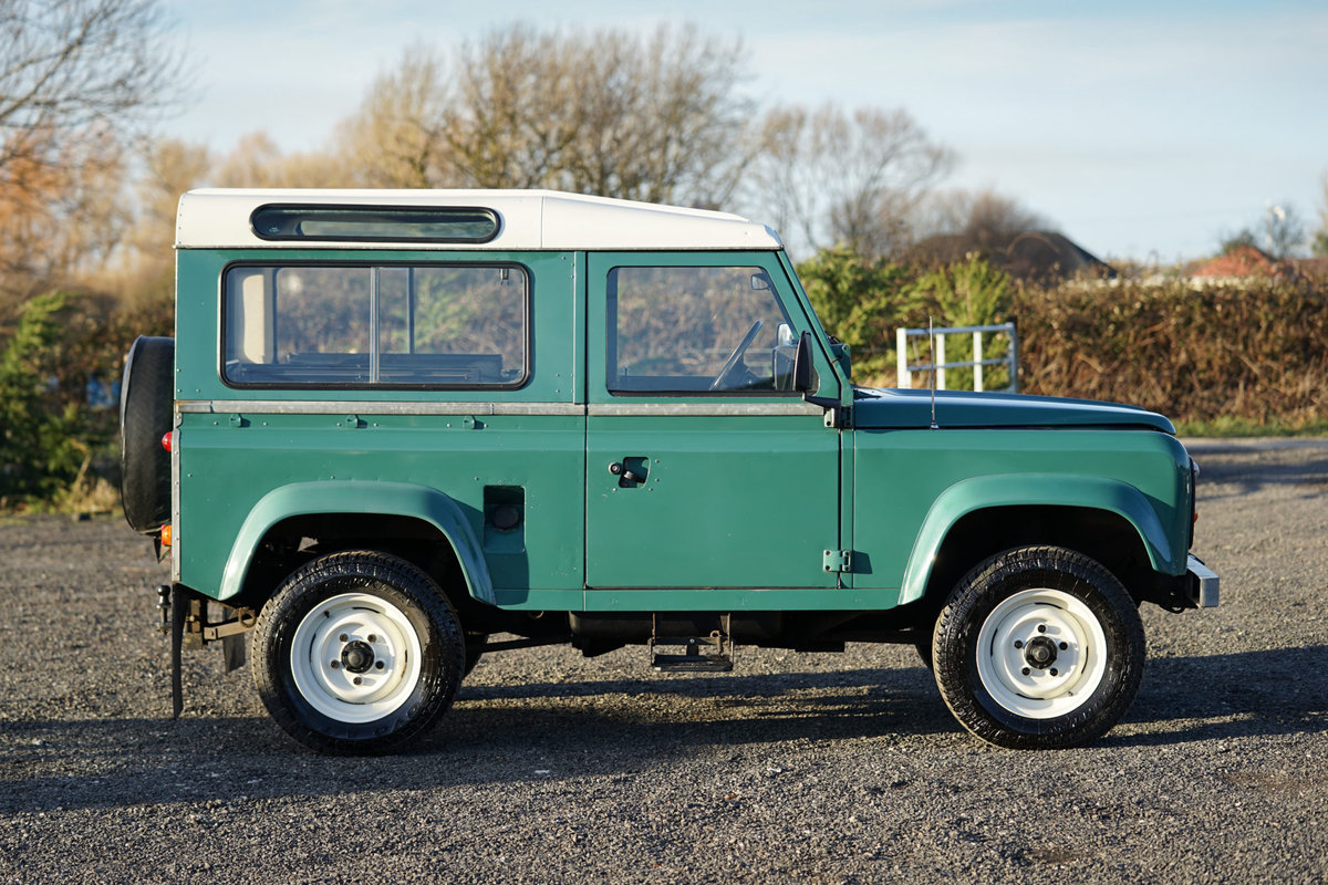 1986 Land Rover 90 Factory V8 Station Wagon 41,000 Miles From New For Sale (picture 2 of 6)