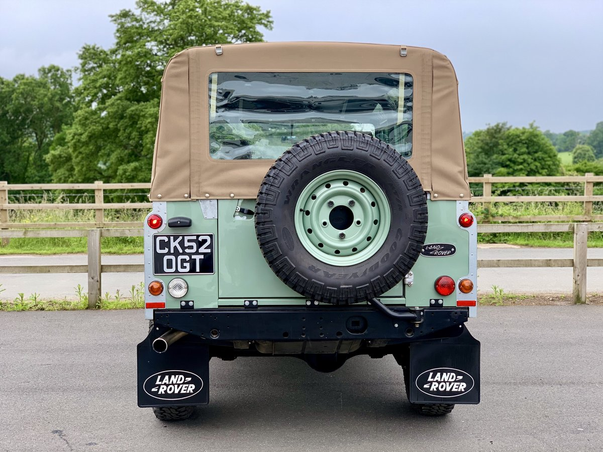 2002 Land Rover Defender 110 Safari  For Sale (picture 5 of 12)