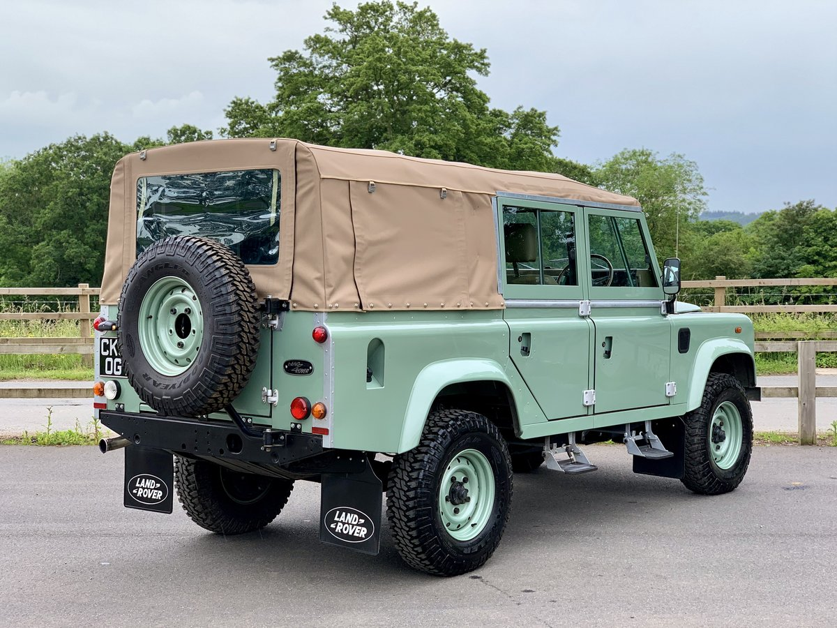 2002 Land Rover Defender 110 Safari  For Sale (picture 6 of 12)