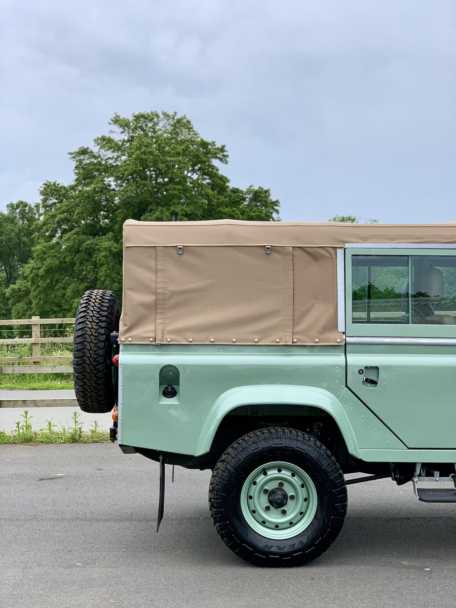 2002 Land Rover Defender 110 Safari  For Sale (picture 8 of 12)