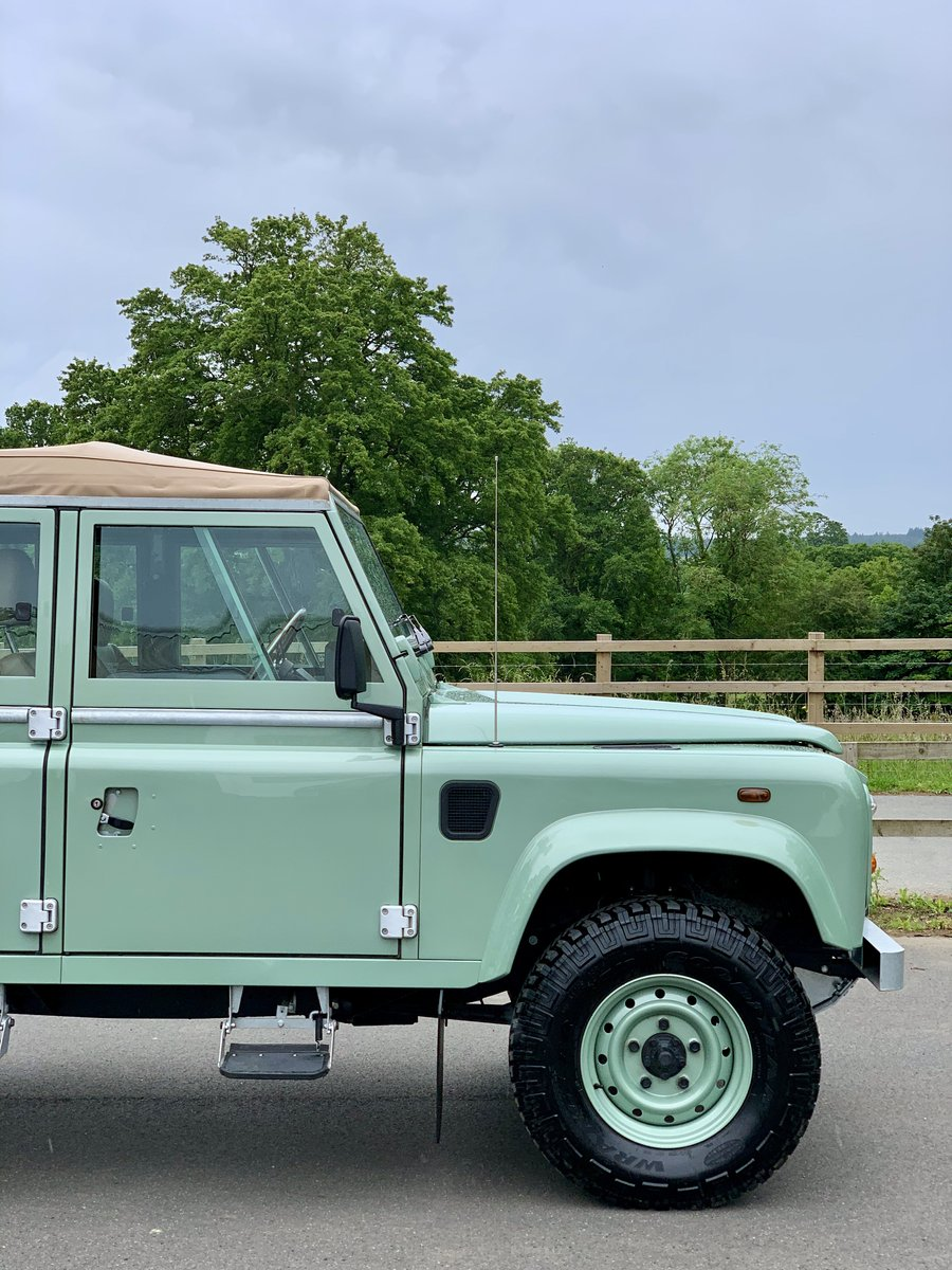 2002 Land Rover Defender 110 Safari  For Sale (picture 9 of 12)