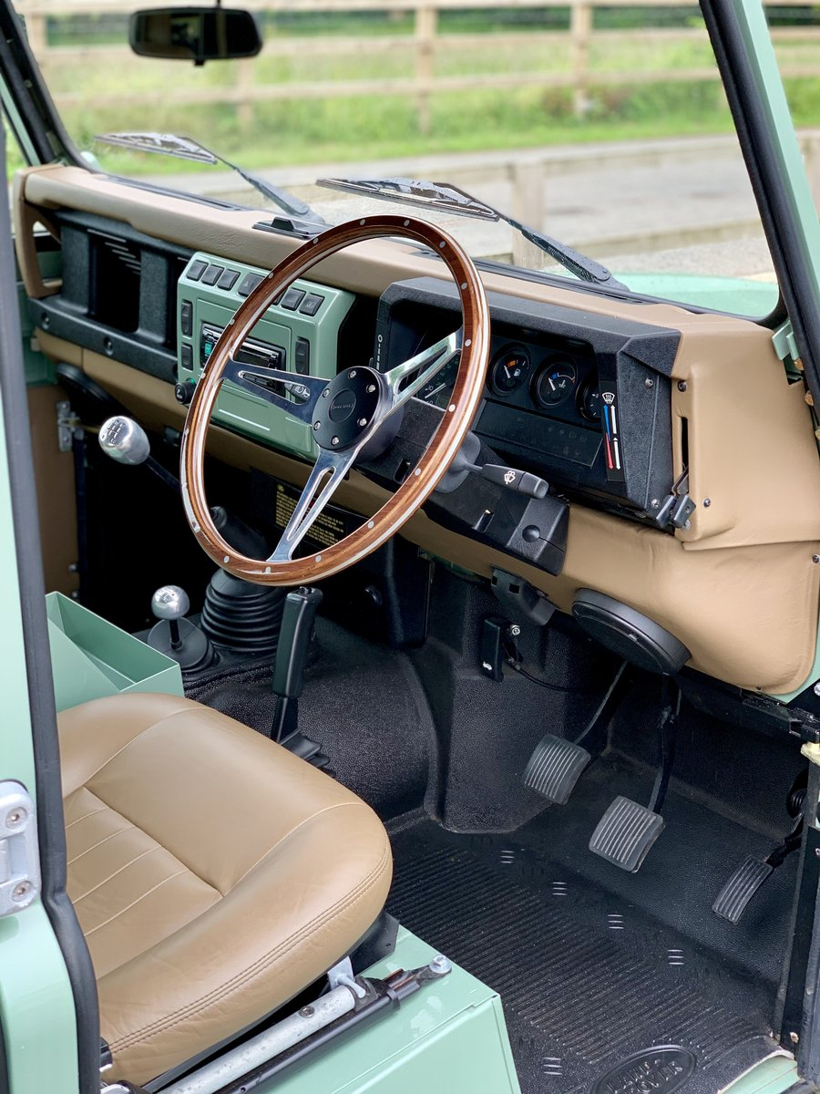 2002 Land Rover Defender 110 Safari  For Sale (picture 10 of 12)