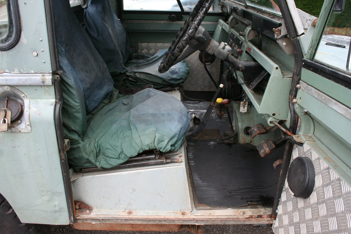 1966 Land Rover Series 2a 88 For Sale (picture 4 of 6)