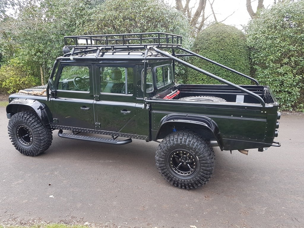 """2004 LAND ROVER DEFENDER 130 LHD """"SPECTRE"""" EDITION (LEFT HAN For Sale (picture 2 of 6)"""