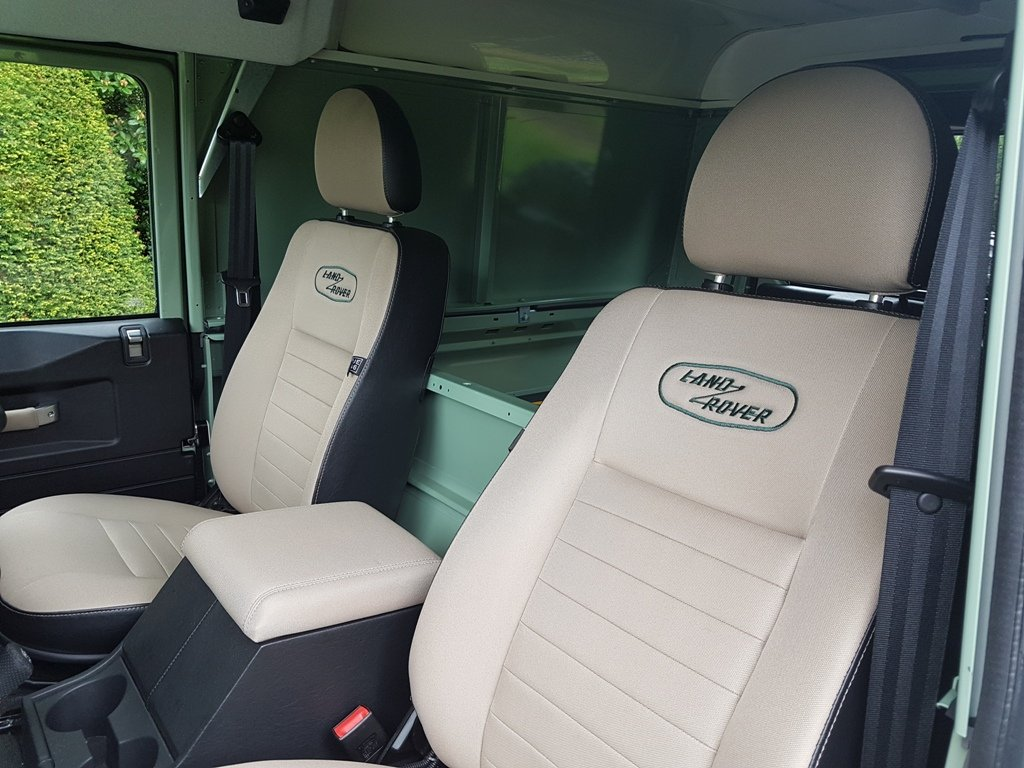 2016 LAND ROVER DEFENDER HERITAGE COUNTY  For Sale (picture 5 of 6)