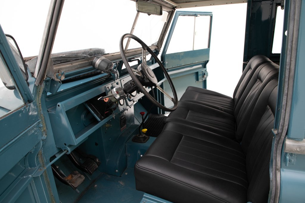 1964 Land Rover Series IIA Restored + Utility Trailer $34.5k For Sale (picture 3 of 6)