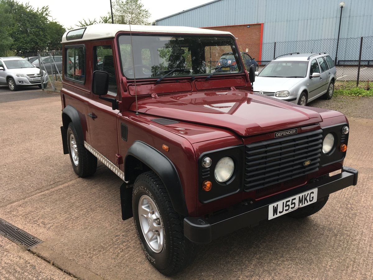 2005 Land Rover Defender 90 2.5 TD5 Station Wagon, Low Miles For Sale (picture 1 of 6)
