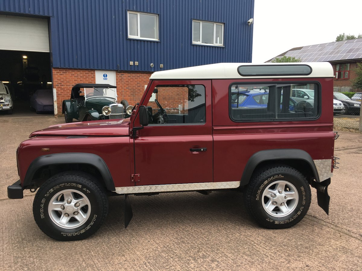 2005 Land Rover Defender 90 2.5 TD5 Station Wagon, Low Miles For Sale (picture 4 of 6)