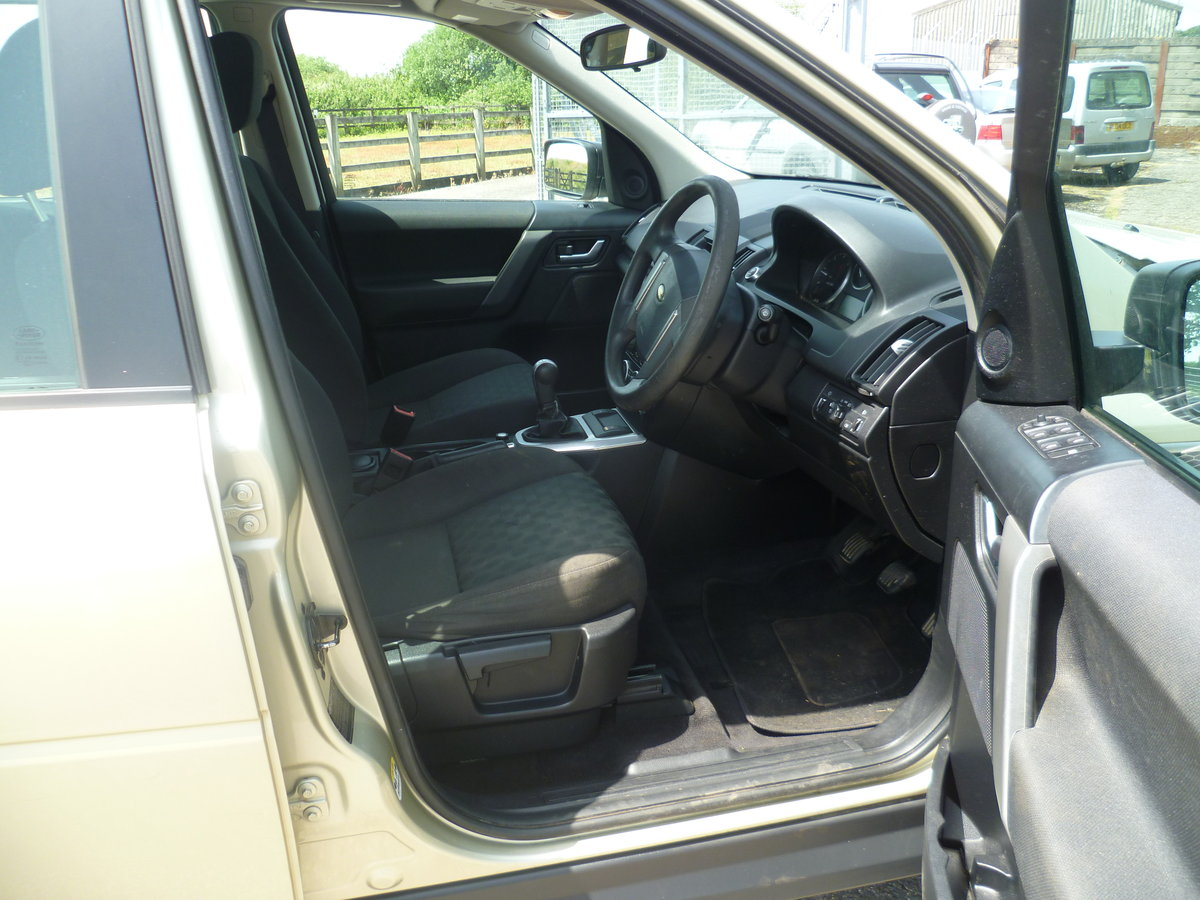2010 Freelander 2 TD4 GS For Sale (picture 5 of 6)