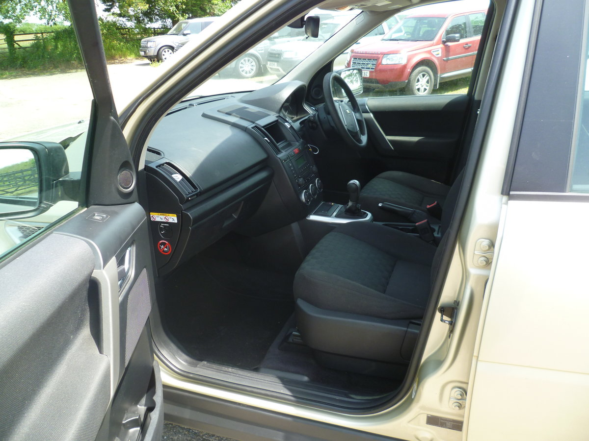 2010 Freelander 2 TD4 GS For Sale (picture 6 of 6)