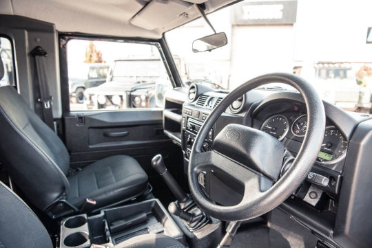 2013 Land Rover Defender For Sale (picture 2 of 6)