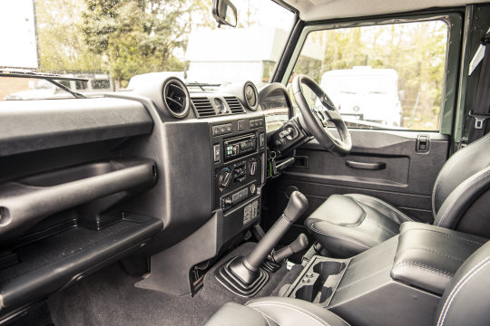 2015 Land Rover Defender 90 Hard Top For Sale (picture 5 of 6)