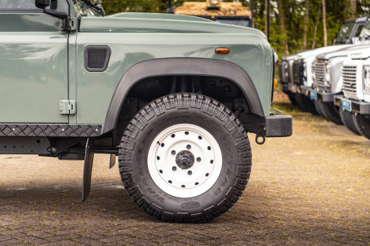 2015 Land Rover Defender 90 Hard Top For Sale (picture 6 of 6)