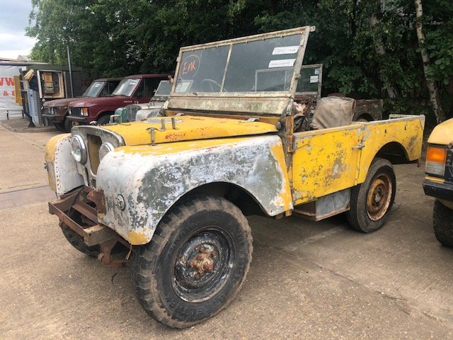 """1950 Land Rover Series One 80"""" Lights Behind The Grille SOLD (picture 1 of 6)"""