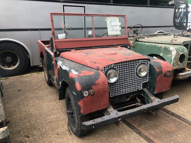 """1951 Land Rover Series One 80"""" Lights Through The Grille For Sale (picture 3 of 6)"""
