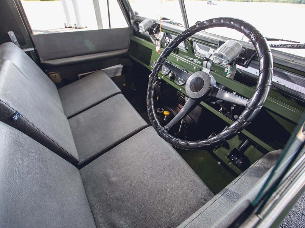 1966 Land Rover Series IIA 88 For Sale by Auction (picture 4 of 6)