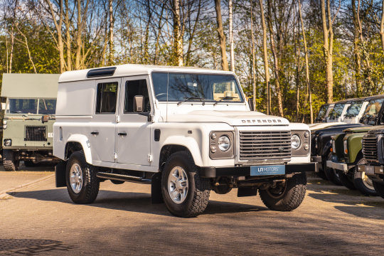 2016 Land Rover Defender 110 XS Utility Wagon For Sale (picture 1 of 6)