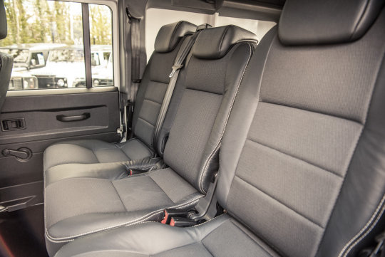 2016 Land Rover Defender 110 XS Utility Wagon For Sale (picture 4 of 6)