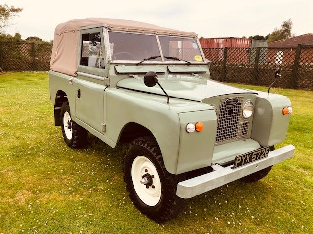 1967 Land Rover SWB Petrol 2.3 Complete Restored For Sale (picture 1 of 6)