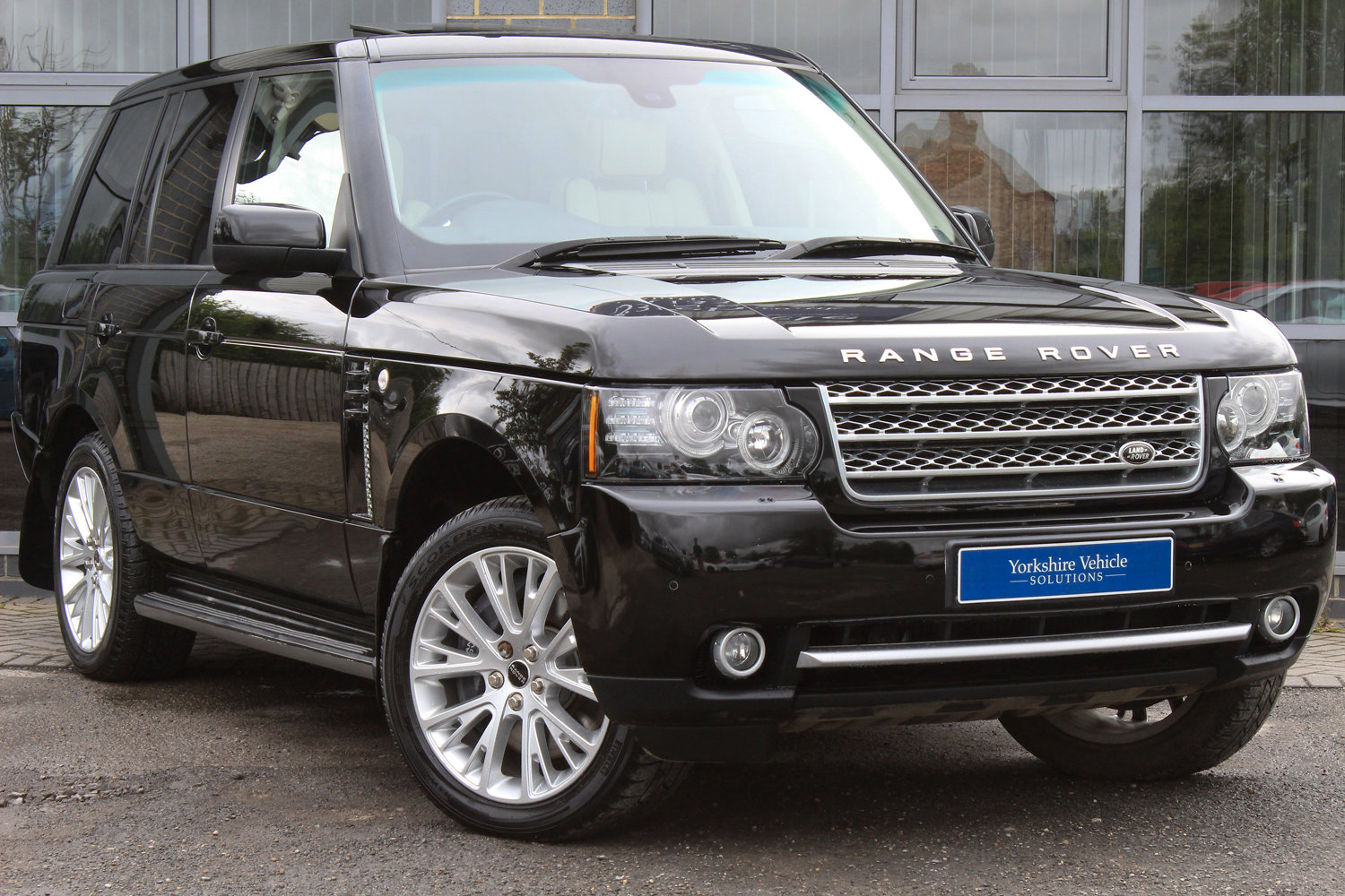 2012 62 RANGE ROVER 4.4TDV8 WESTERMINSTER AUTO  For Sale (picture 1 of 6)