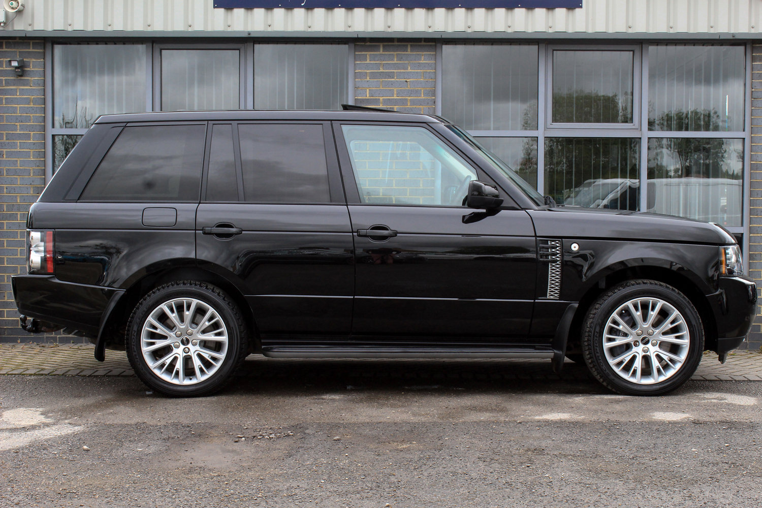 2012 62 RANGE ROVER 4.4TDV8 WESTERMINSTER AUTO  For Sale (picture 2 of 6)
