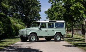 2016 Land Rover Defender 110 2.2D Heritage Edition For Sale