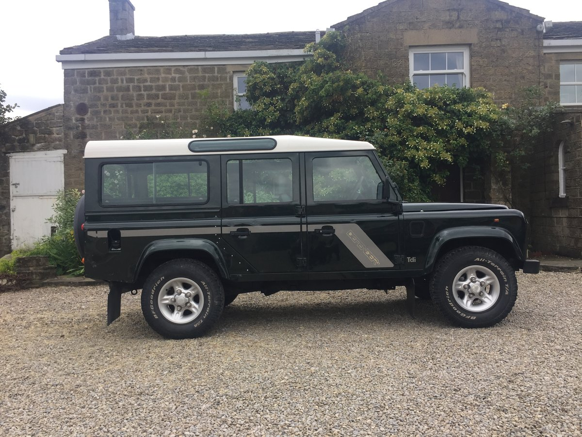 1998 Land Rover Defender 110 County 300 TDi For Sale (picture 1 of 6)