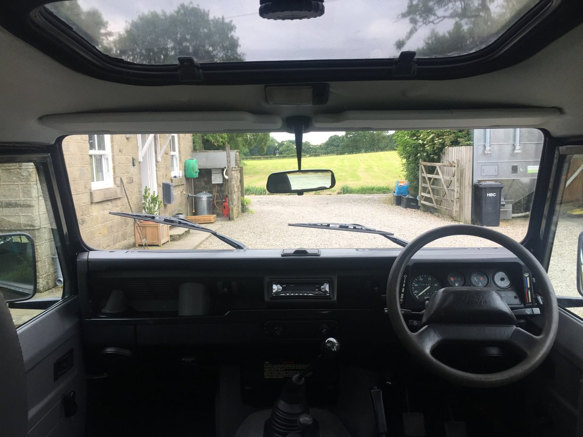 1998 Land Rover Defender 110 County 300 TDi For Sale (picture 5 of 6)