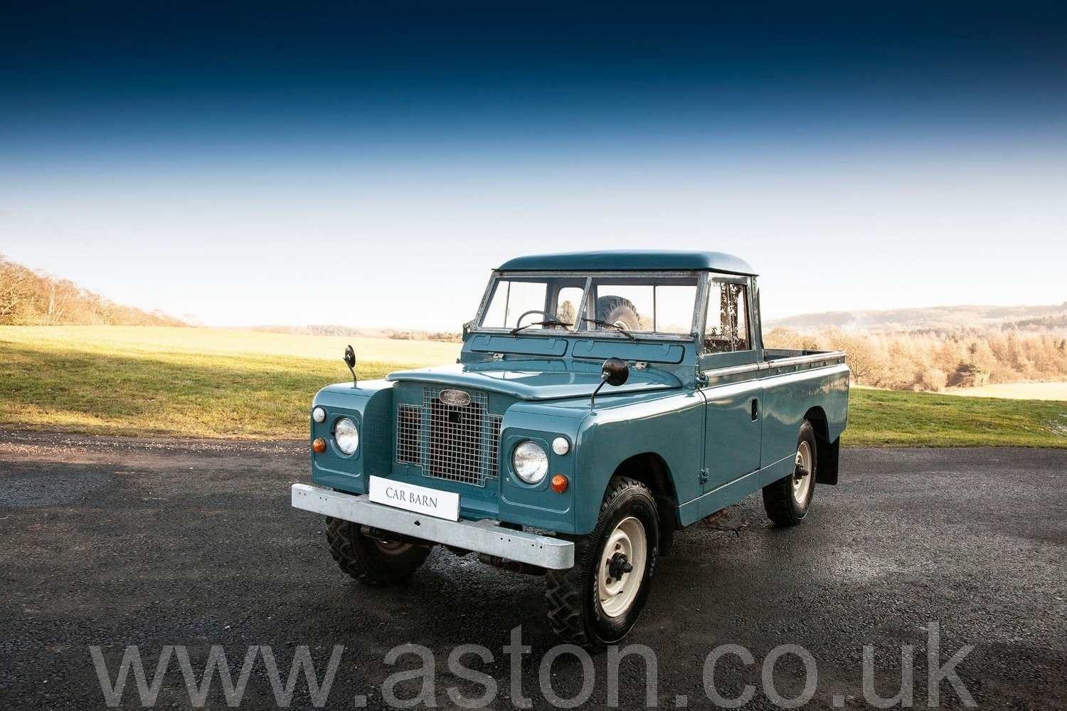 1969 Land Rover Series 2A - Ex Raf SOLD (picture 1 of 6)
