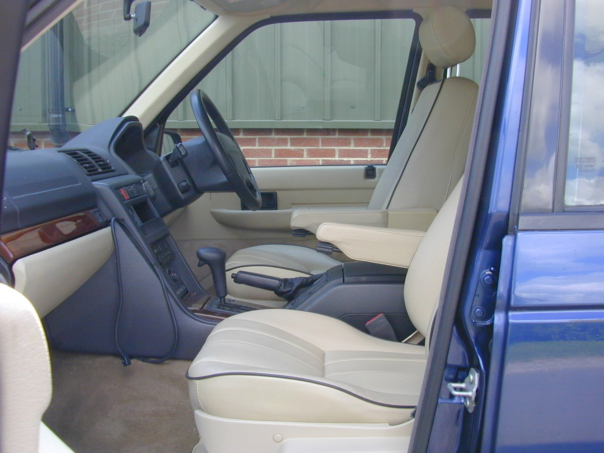 1996 RANGE ROVER P38 4.0 - RHD -VERY HIGH SPEC! JUST 33k! For Sale (picture 4 of 6)