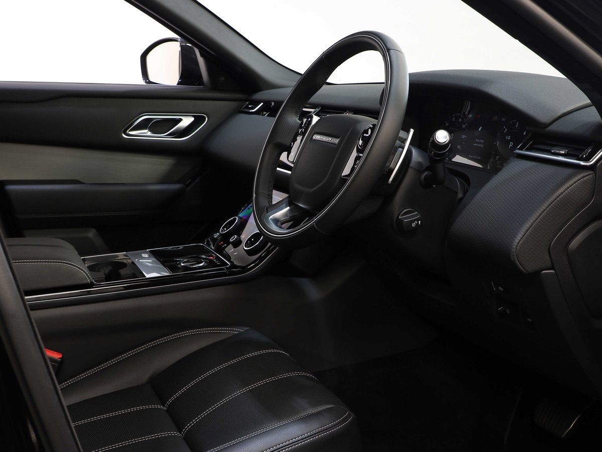 2018 18 68 RANGE ROVER VELAR RDYNAMIC S URBAN EDITION AUTO For Sale (picture 5 of 6)
