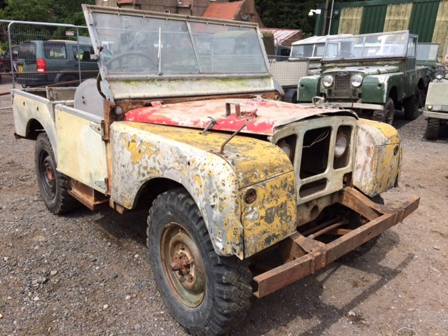 1949 Series 1 Land Rover 80 inch for restoration For Sale (picture 1 of 6)