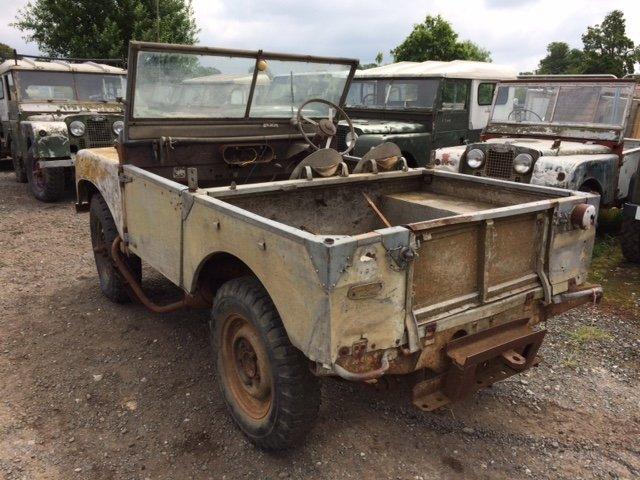 1949 Series 1 Land Rover 80 inch for restoration For Sale (picture 2 of 6)