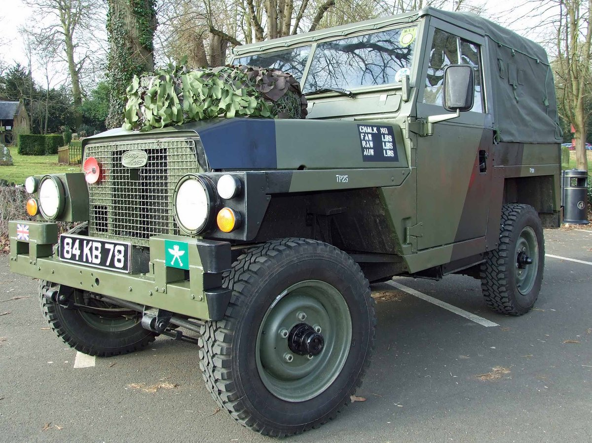 1983 Land Rover Series III Lightweight SOLD (picture 1 of 6)