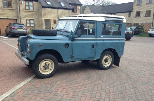 Genuine 1973 Series 3 Land Rover Station Wagon For Sale (picture 1 of 6)