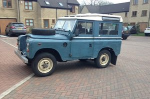 Genuine 1973 Series 3 Land Rover Station Wagon