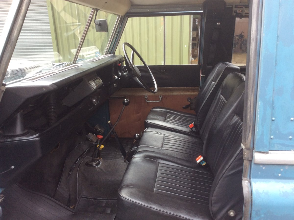 Genuine 1973 Series 3 Land Rover Station Wagon For Sale (picture 2 of 6)
