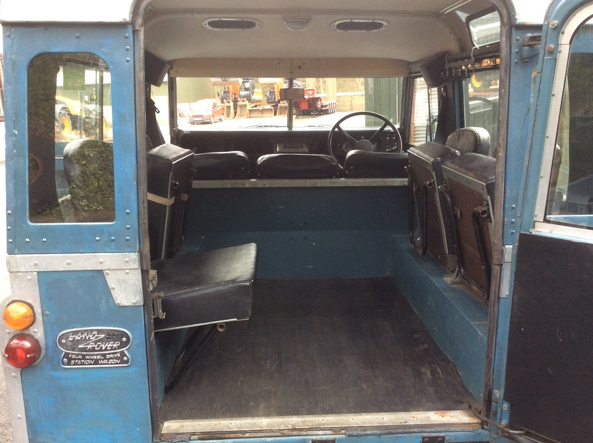Genuine 1973 Series 3 Land Rover Station Wagon For Sale (picture 4 of 6)