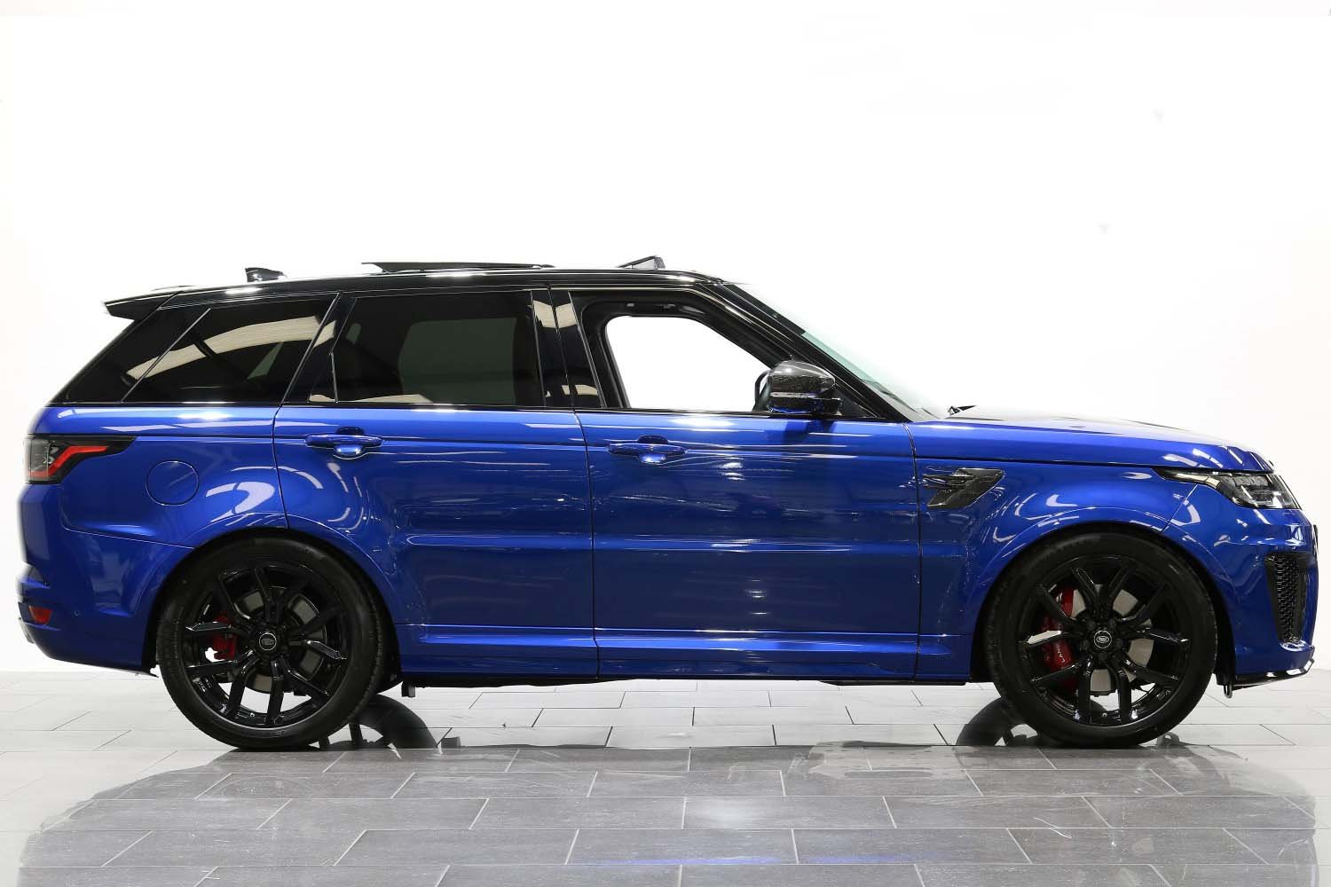 2018 18 68 RANGE ROVER 5.0 V8 SUPERCHARGED SVR AUTO For Sale (picture 2 of 6)