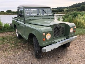 1970 Land Rover Series 2a - Original one used in Peter Rabbit 2!! For Sale