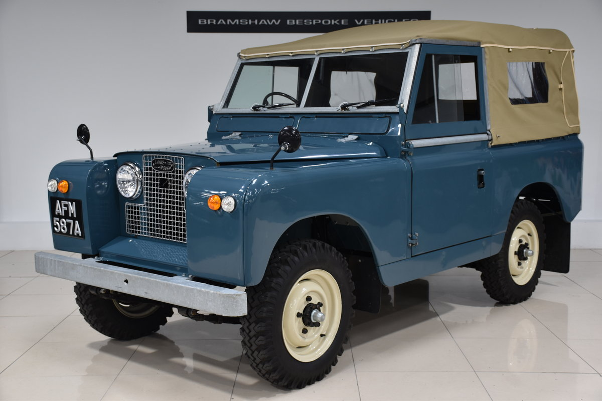 1963 Land Rover Series IIa For Sale (picture 1 of 6)