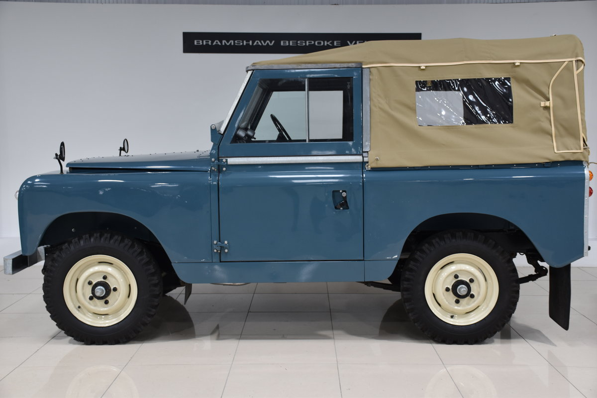 1963 Land Rover Series IIa For Sale (picture 2 of 6)
