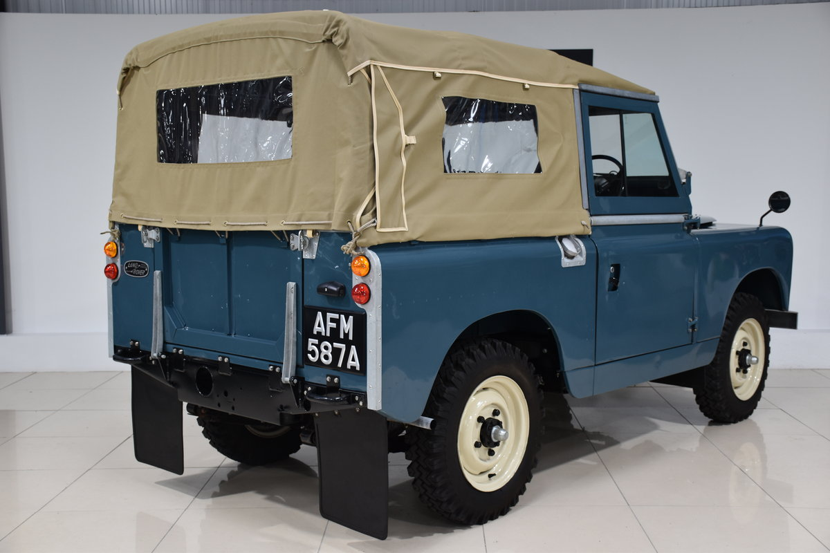 1963 Land Rover Series IIa For Sale (picture 3 of 6)