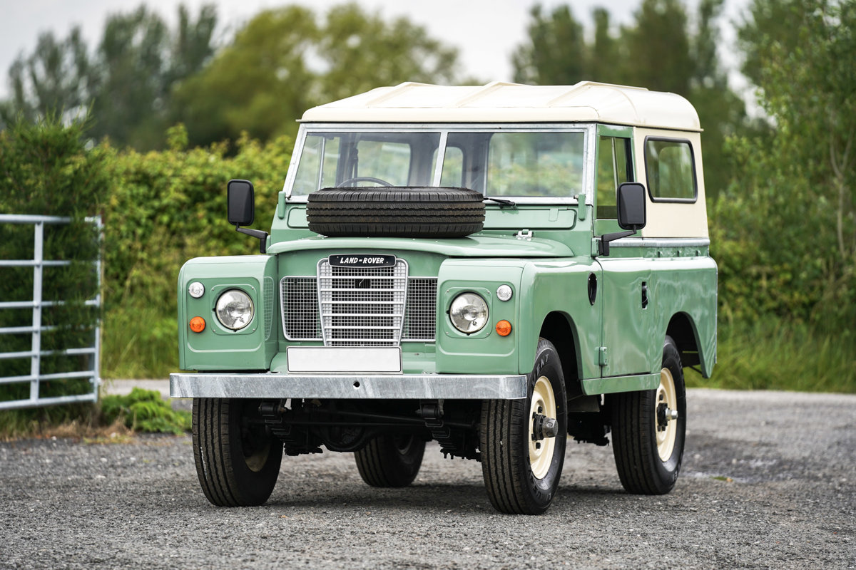 1983 Land Rover Series 3 88 Hardtop Pastel Green Restored SOLD (picture 1 of 6)
