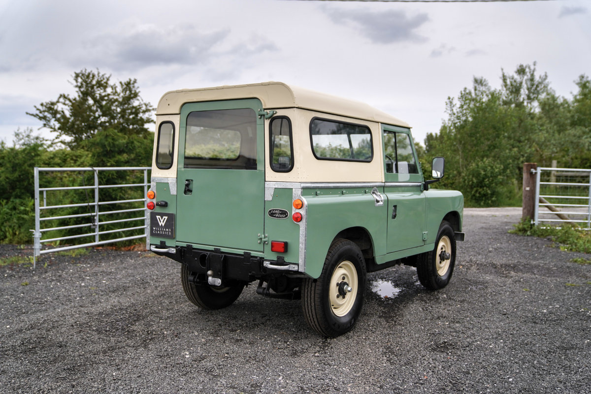 1983 Land Rover Series 3 88 Hardtop Pastel Green Restored SOLD (picture 5 of 6)