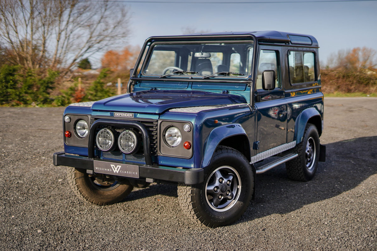 1999 Land Rover Defender 90 50th Anniversary Edition 4.0 V8 Autom SOLD (picture 1 of 6)