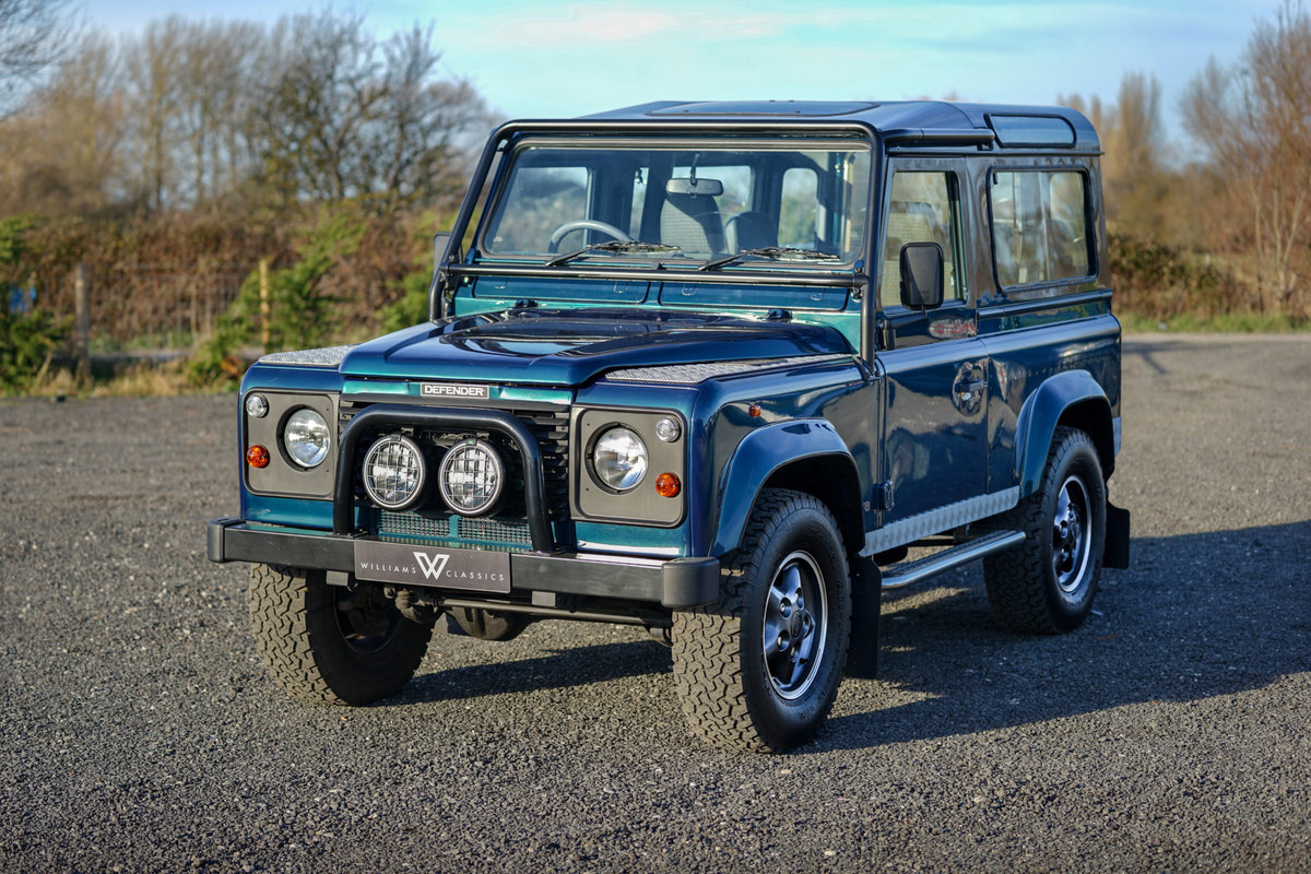 1999 Land Rover Defender 90 50th Anniversary Edition 4.0 V8 Autom SOLD (picture 2 of 6)