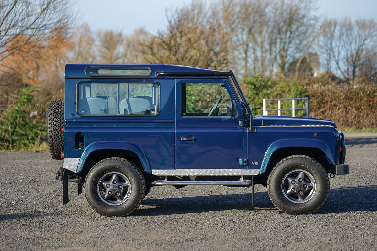 1999 Land Rover Defender 90 50th Anniversary Edition 4.0 V8 Autom SOLD (picture 5 of 6)